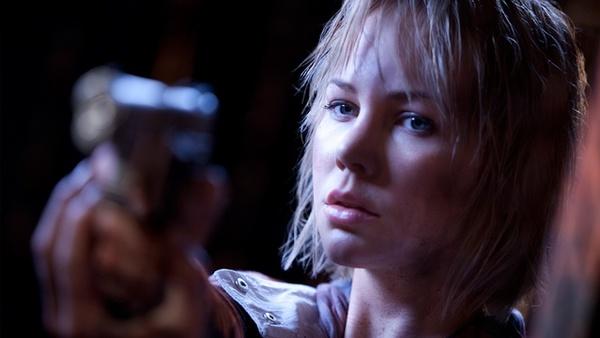 Silent Hill: Revelation 3D : Adelaide Clemens verkörpert Heather im Film Silent Hill: Revelation 3D