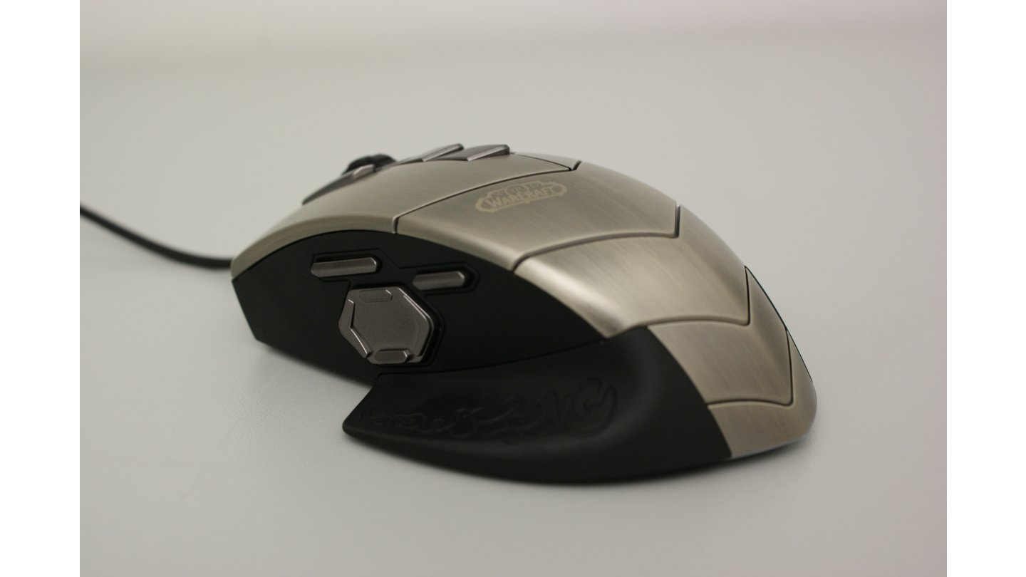WoW MMO Gaming Mouse 01
